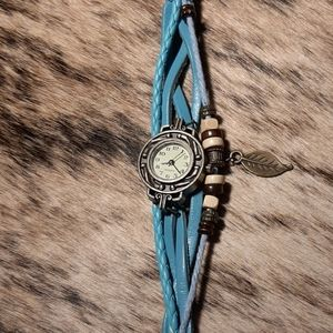Aqua Layered Leather Band Quartz Watch